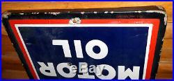 Standard Iso-Vis D Motor Oil Porcelain 60 Sign 1930s Vintage