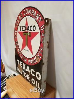 Vintage 1930's authentic double sided flange porcelain Texaco Motor Oil 23 x 18