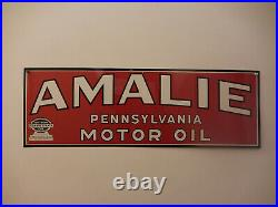 Vintage Amalie Motor Oil Sign. 100% genuine NOS