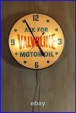 Vintage Ask For Valvoline Motor Oil Pam Clock original Dial No Cracks Works Rare