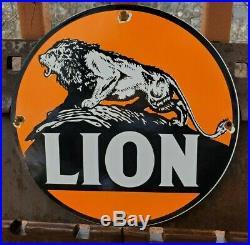 Vintage Lion Gasoline Porcelain Gas & Motor Oil Service Station Pump Plate Sign