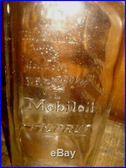 Vintage Mobil Motor Oil Can Bottle Filpruf Gargoyle Sign Bottle