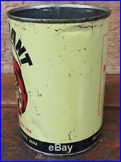 Vintage Red Giant Motor Oil Metal Quart Can Council Bluffs, Iowa Can Rare Sign